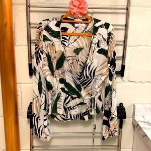 ❤️ Beautiful Milly 💯 silk blouse